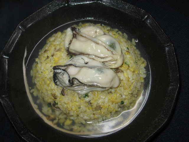牡蠣載せスープチャーハン