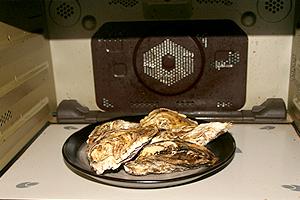 殻付牡蠣のレンジ蒸し